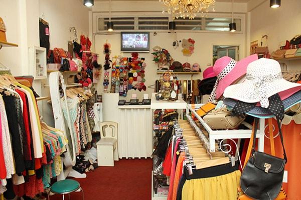Cách trang trí shop quần áo nhỏ đẹp và thu hút khách hàng 5