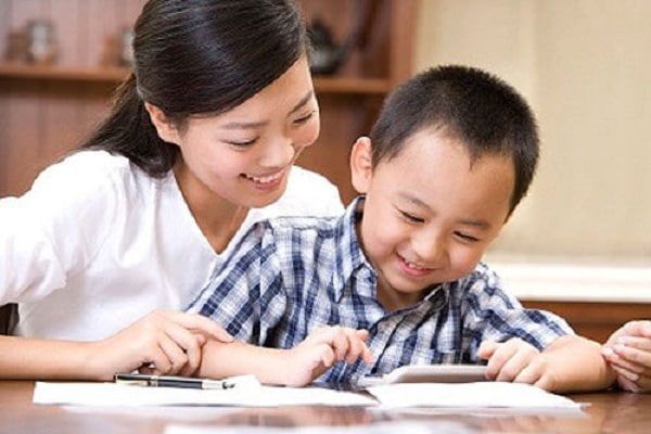 Thuê gia sư Tiếng Anh lớp 3 cho trẻ giúp trẻ mau tiến bộ