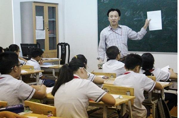 Chăm chú nghe giảng sẽ giúp các em nhớ được bài học ngay trên lớp