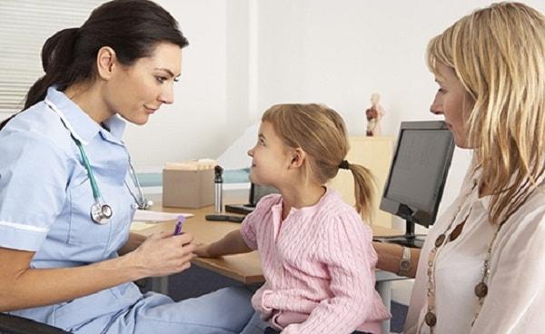Xử trí thế nào khi trẻ bị co giật động kinh? 3