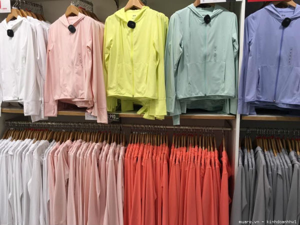 Váy, áo, găng tay chống nắng