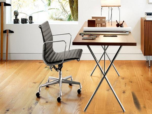Phòng tránh bệnh bằng cách sử dụng bàn ghế làm việc hợp lý