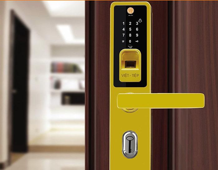 Hệ thống an ninh cao cấp & hiện đại khi lắp khóa điện tử